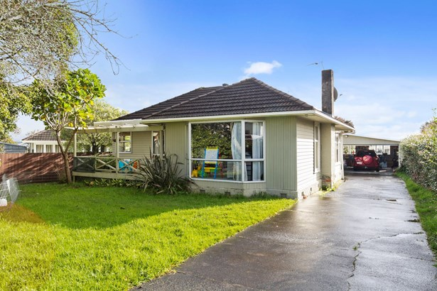 7 Essex Street, Te Atatu South, Auckland - NZL (photo 1)