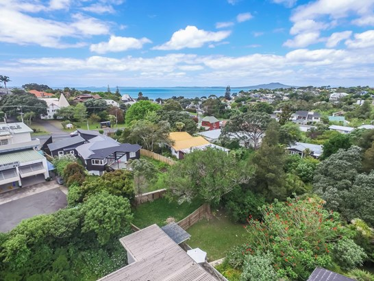 2 Channel View Road, Campbells Bay, Auckland - NZL (photo 4)