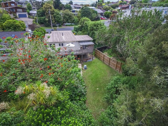 2 Channel View Road, Campbells Bay, Auckland - NZL (photo 5)