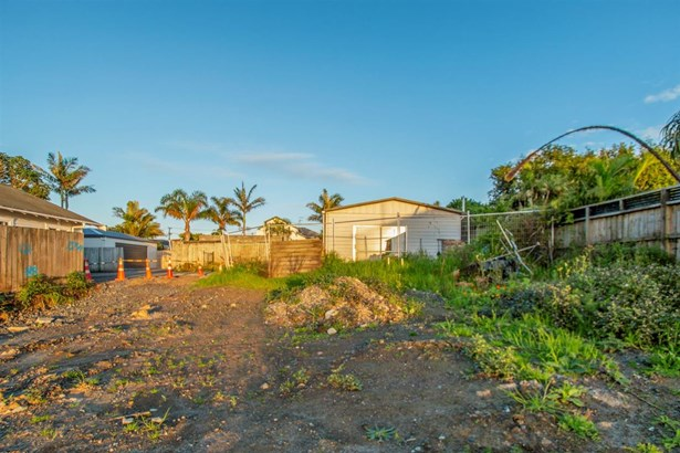 24a Edgars Road, Westmere, Auckland - NZL (photo 4)