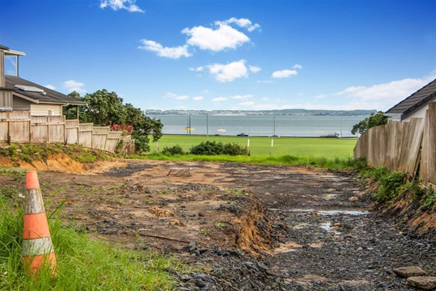 24a Edgars Road, Westmere, Auckland - NZL (photo 5)