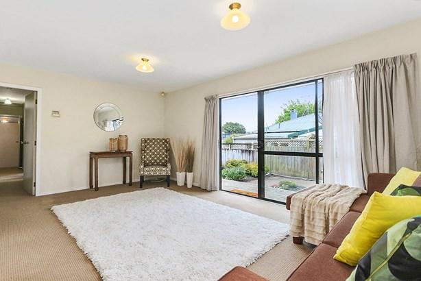 11a Robert Street, Ellerslie, Auckland - NZL (photo 4)