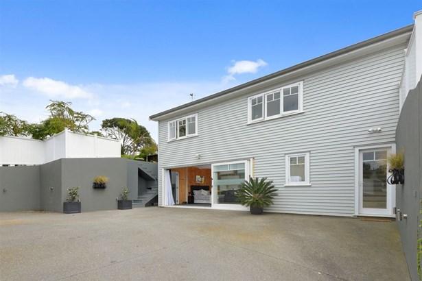 47 Lake Road, Devonport, Auckland - NZL (photo 2)