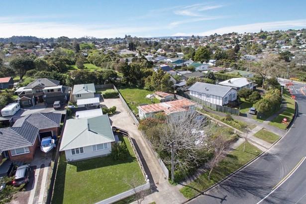 5 Glengarry Road, Glen Eden, Auckland - NZL (photo 4)