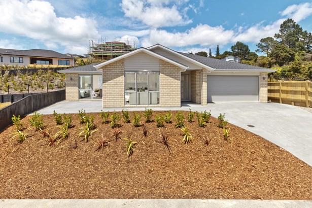 5 Pheasant Close, Stanmore Bay, Auckland - NZL (photo 1)