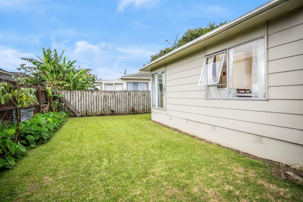8/187a Buckland Road, Mangere, Auckland - NZL (photo 3)