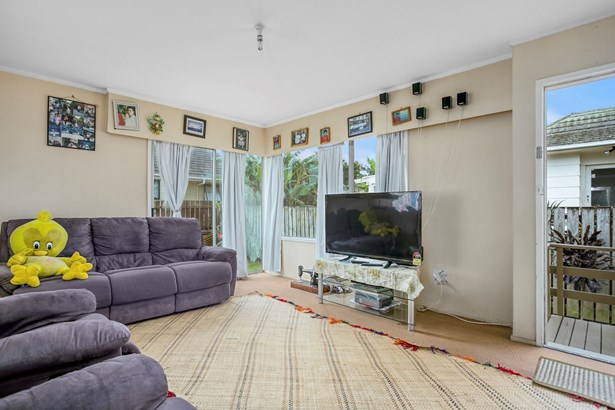 8/187a Buckland Road, Mangere, Auckland - NZL (photo 5)