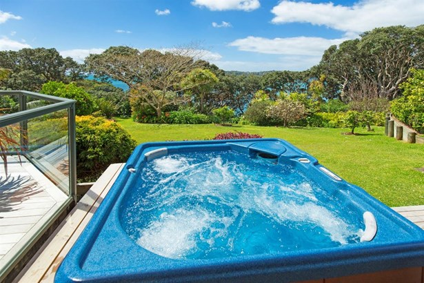 25 Swann Beach Road, Manly, Auckland - NZL (photo 4)