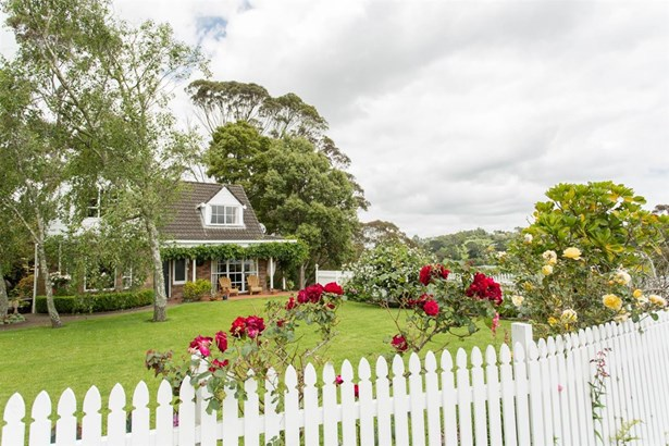 94 Kennedy Road, Dairy Flat, Auckland - NZL (photo 4)