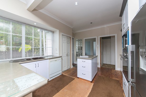 28 Konini Road, Greenlane, Auckland - NZL (photo 5)