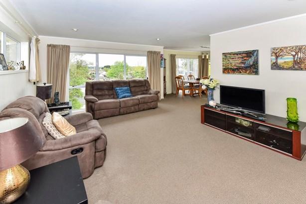 23 Sunningdale Street, Wattle Downs, Auckland - NZL (photo 3)