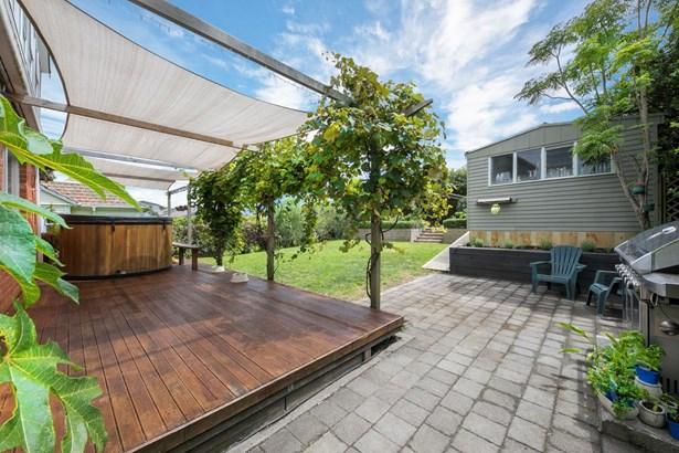 8 Plumpton Avenue, Mt Roskill, Auckland - NZL (photo 3)