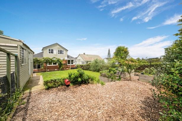 8 Plumpton Avenue, Mt Roskill, Auckland - NZL (photo 4)
