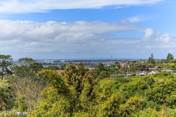 21 Herd Road, Hillsborough, Auckland - NZL (photo 5)