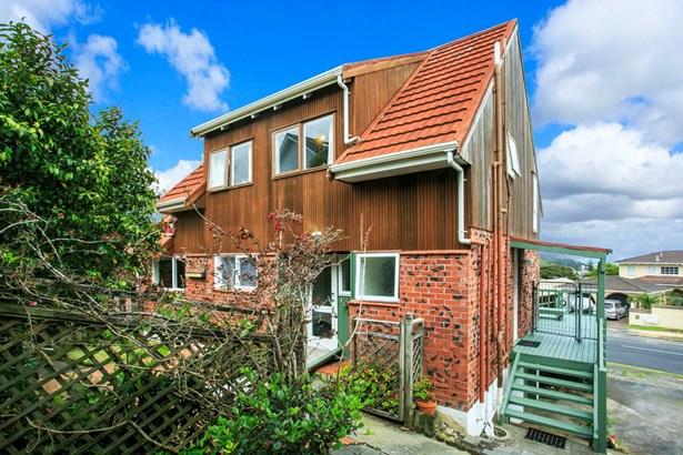 1/56 Hadfield Street, Beach Haven, Auckland - NZL (photo 2)