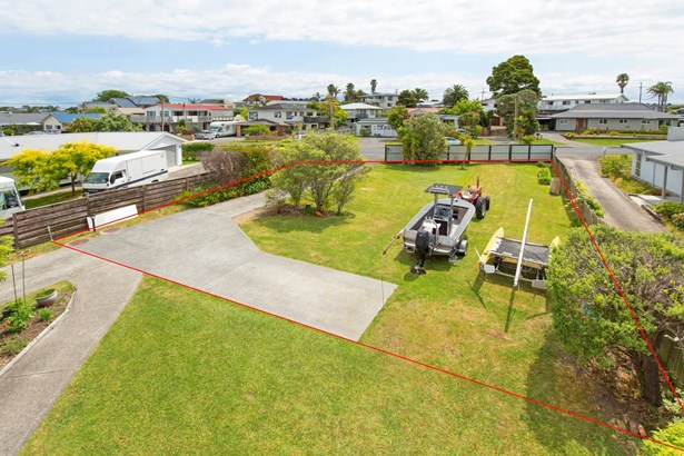 15a Brixton Road, Manly, Auckland - NZL (photo 3)