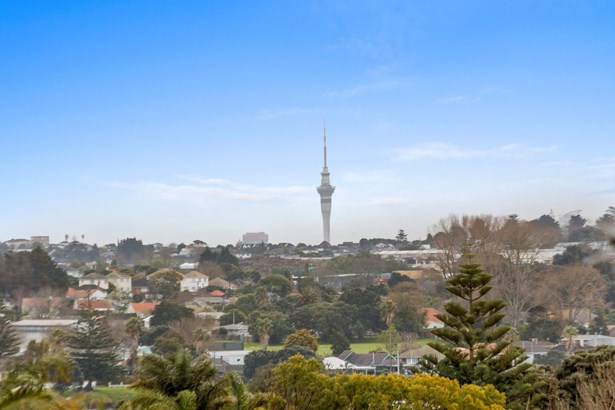 10 Andrea Place, Sunnyhills, Auckland - NZL (photo 4)