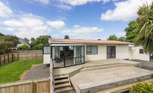 23 Bluewater Place, Wattle Downs, Auckland - NZL (photo 1)