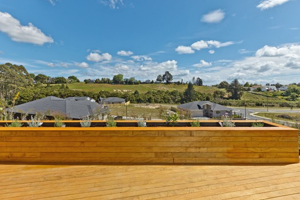 4 Somerset Place, Stanmore Bay, Auckland - NZL (photo 4)