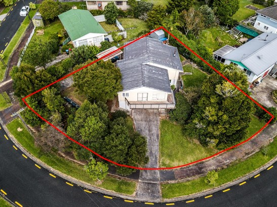 13 Windermere Crescent, Blockhouse Bay, Auckland - NZL (photo 3)