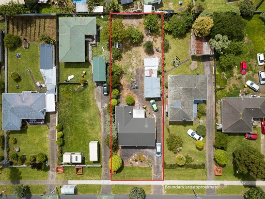 451 Massey Road, Mangere East, Auckland - NZL (photo 2)