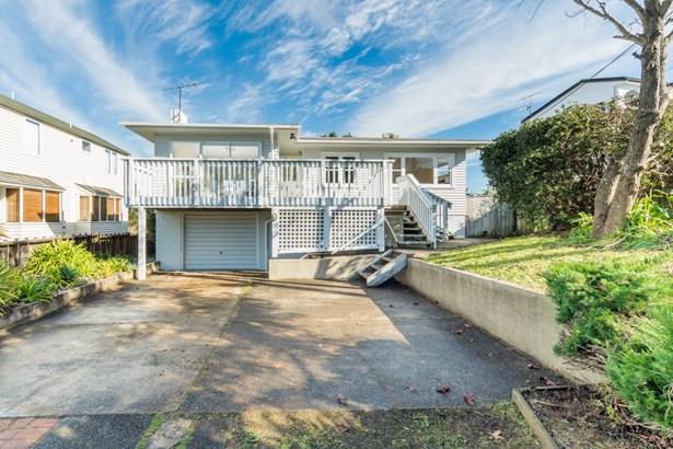 62 Lyons Avenue, Murrays Bay, Auckland - NZL (photo 2)