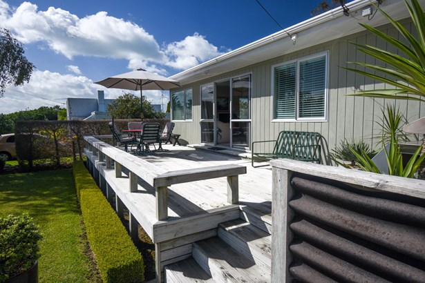 116 Howard Road, Orere Point, Auckland - NZL (photo 3)