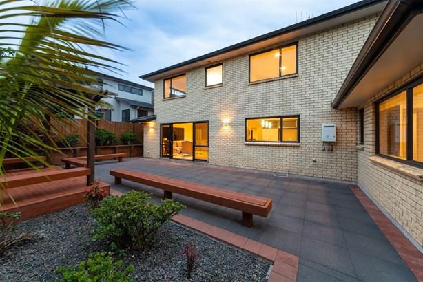 10 Melmore Place, Pinehill, Auckland - NZL (photo 2)