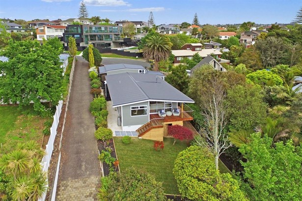 15 Beacon Avenue, Campbells Bay, Auckland - NZL (photo 3)