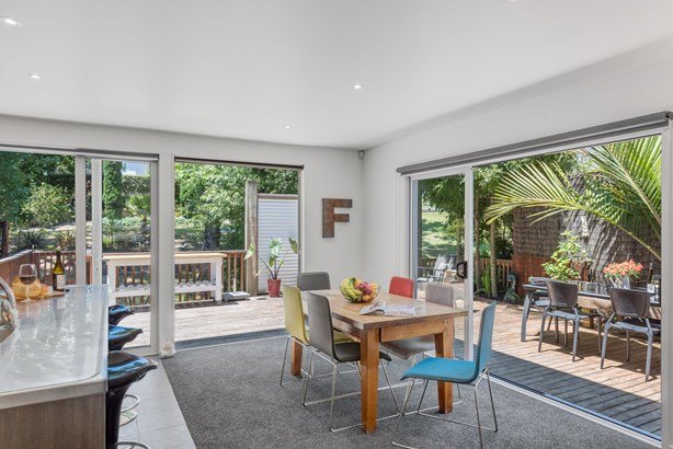 12 Blakewell Place, Beachlands, Auckland - NZL (photo 5)