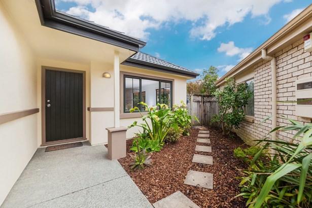 23 Espalier Drive, Henderson Heights, Auckland - NZL (photo 2)