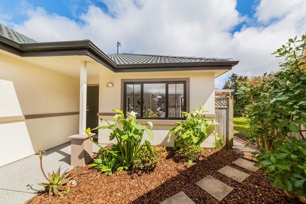 23 Espalier Drive, Henderson Heights, Auckland - NZL (photo 3)
