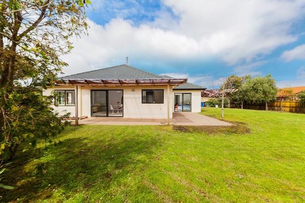 23 Espalier Drive, Henderson Heights, Auckland - NZL (photo 5)