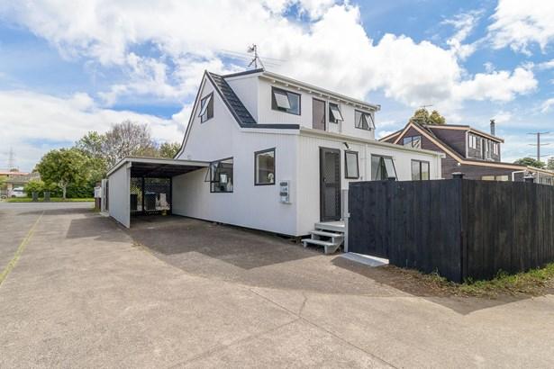 1/2 Taylor Street, Blockhouse Bay, Auckland - NZL (photo 1)