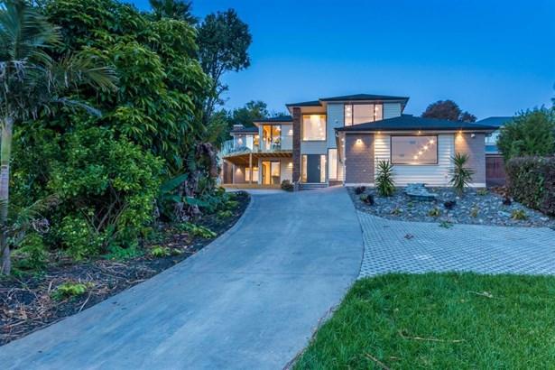14a Pickens Crescent, Mt Albert, Auckland - NZL (photo 2)