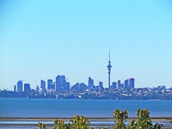 38a Rewarewa Road, Te Atatu Peninsula, Auckland - NZL (photo 1)