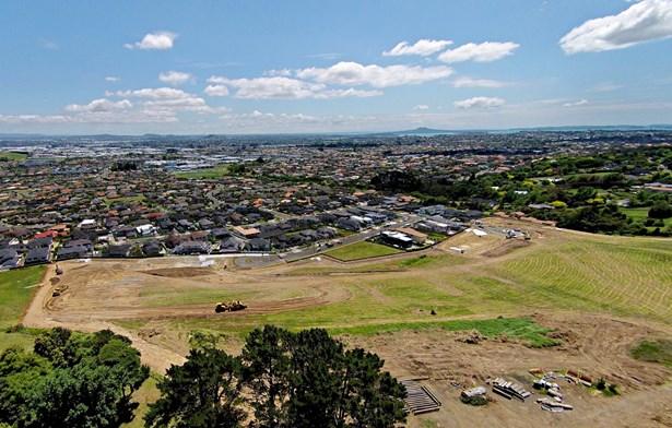 53 Armstrong Farm Drive, East Tamaki Heights, Auckland - NZL (photo 4)