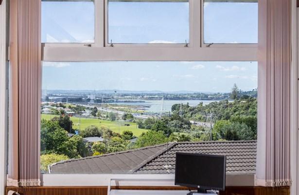 39 Bel Air Drive, Hillsborough, Auckland - NZL (photo 3)