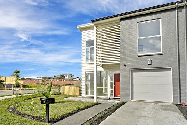 12 Couldrey Crescent, Red Beach, Auckland - NZL (photo 2)