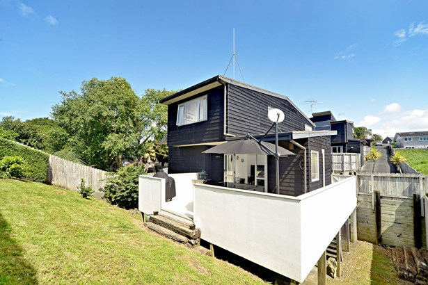94c Gowing Drive, Meadowbank, Auckland - NZL (photo 5)