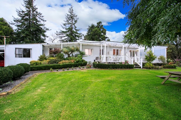 118 Motu Road, Kumeu, Auckland - NZL (photo 5)