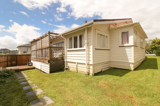 29 Louvain Avenue, Mt Roskill, Auckland - NZL (photo 5)