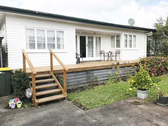 4b Waiwera Avenue, Parakai, Auckland - NZL (photo 5)