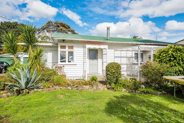 369 Upper Harbour Drive, Greenhithe, Auckland - NZL (photo 5)