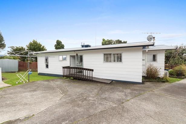 418a West Coast Road, Glen Eden, Auckland - NZL (photo 3)