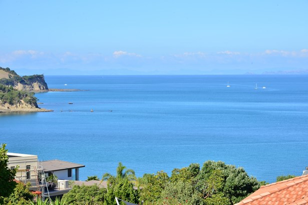 68 Island View Drive, Gulf Harbour, Auckland - NZL (photo 2)