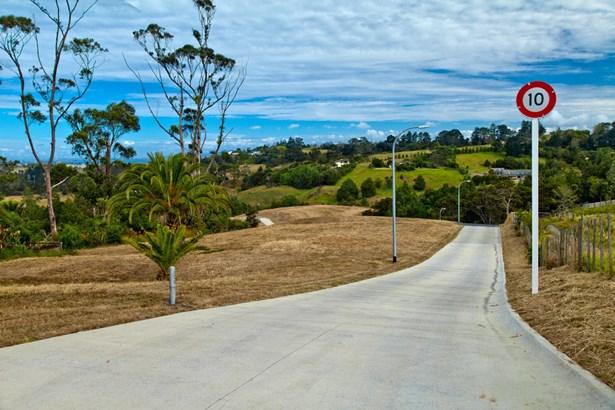 86 Vaughans Road, Long Bay, Auckland - NZL (photo 4)