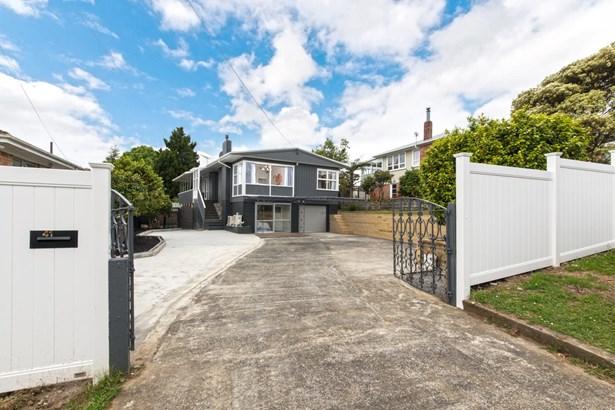 41 School Road, Te Atatu South, Auckland - NZL (photo 1)