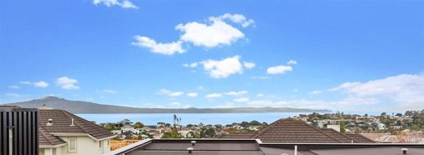 24 Sprott Road, Kohimarama, Auckland - NZL (photo 2)