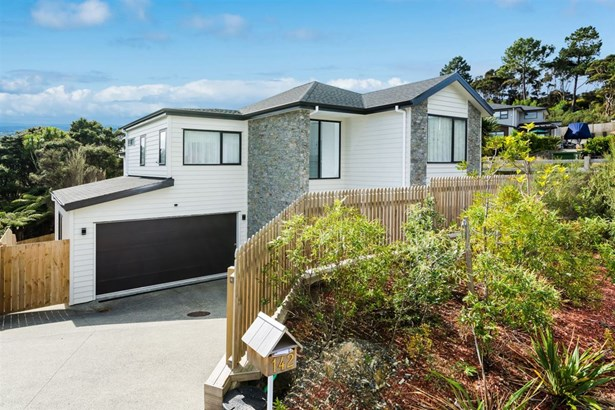 142 Greenhithe Road, Greenhithe, Auckland - NZL (photo 2)